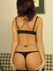 Pictures of Cassie Leanne giving you a strip tease on the couch
