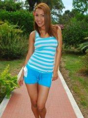 Pictures of teen Tania Spice showing her hot body