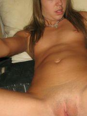Pictures of Teen Lola 18  and her private parts