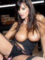 Pictures of Lisa Ann fucking a glass dildo