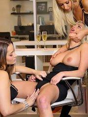 Pictures of Sammie, Dani and Spencer getting their kink on